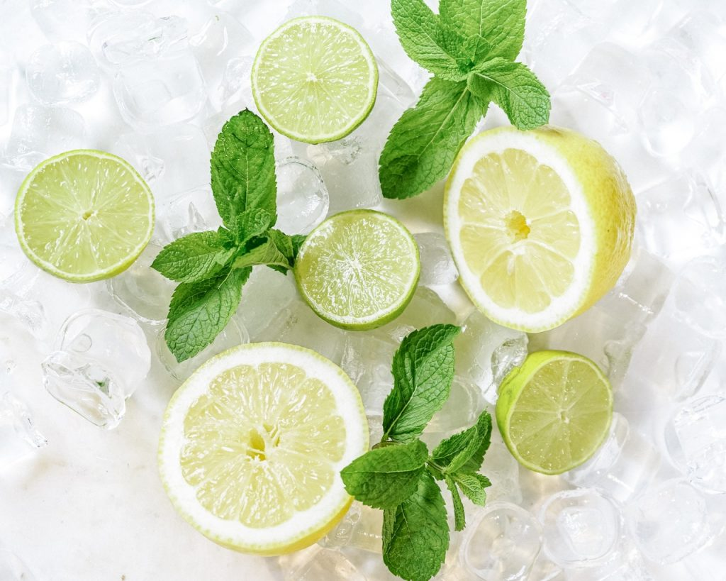 Top benefits of lemon for your skin and hair.